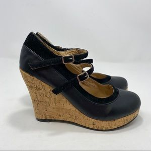 Chase & Chloe Black & Brown Wedges Size 9 A124